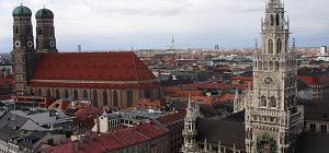 München - Frauenkirche und Rathausturm